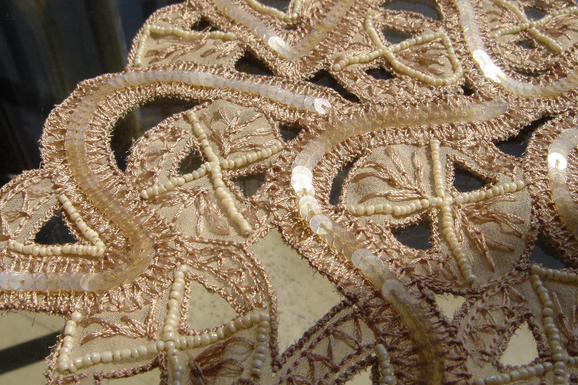 ビース/スパンコール刺繍の制作例。