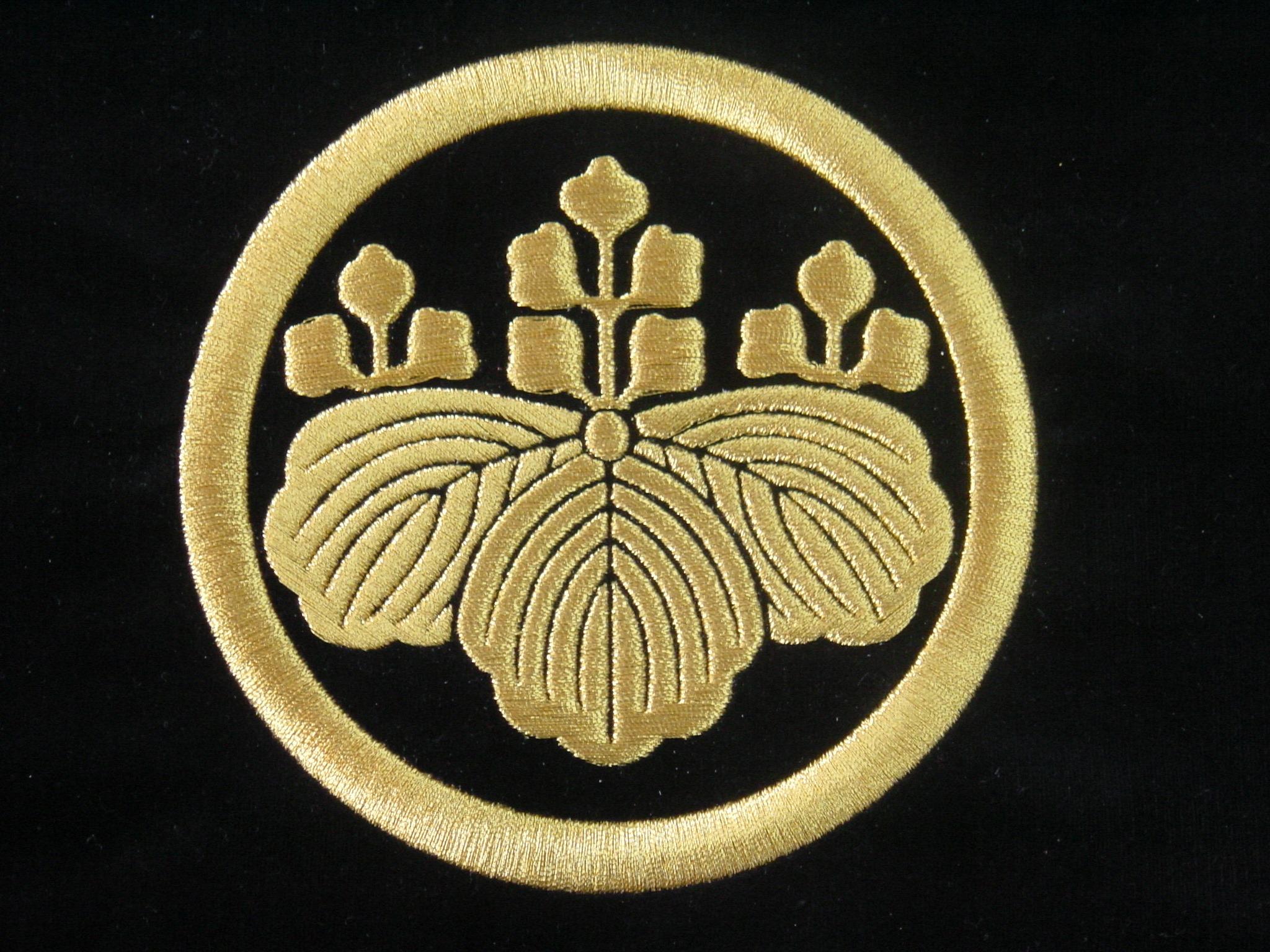 家紋額刺繍の制作例